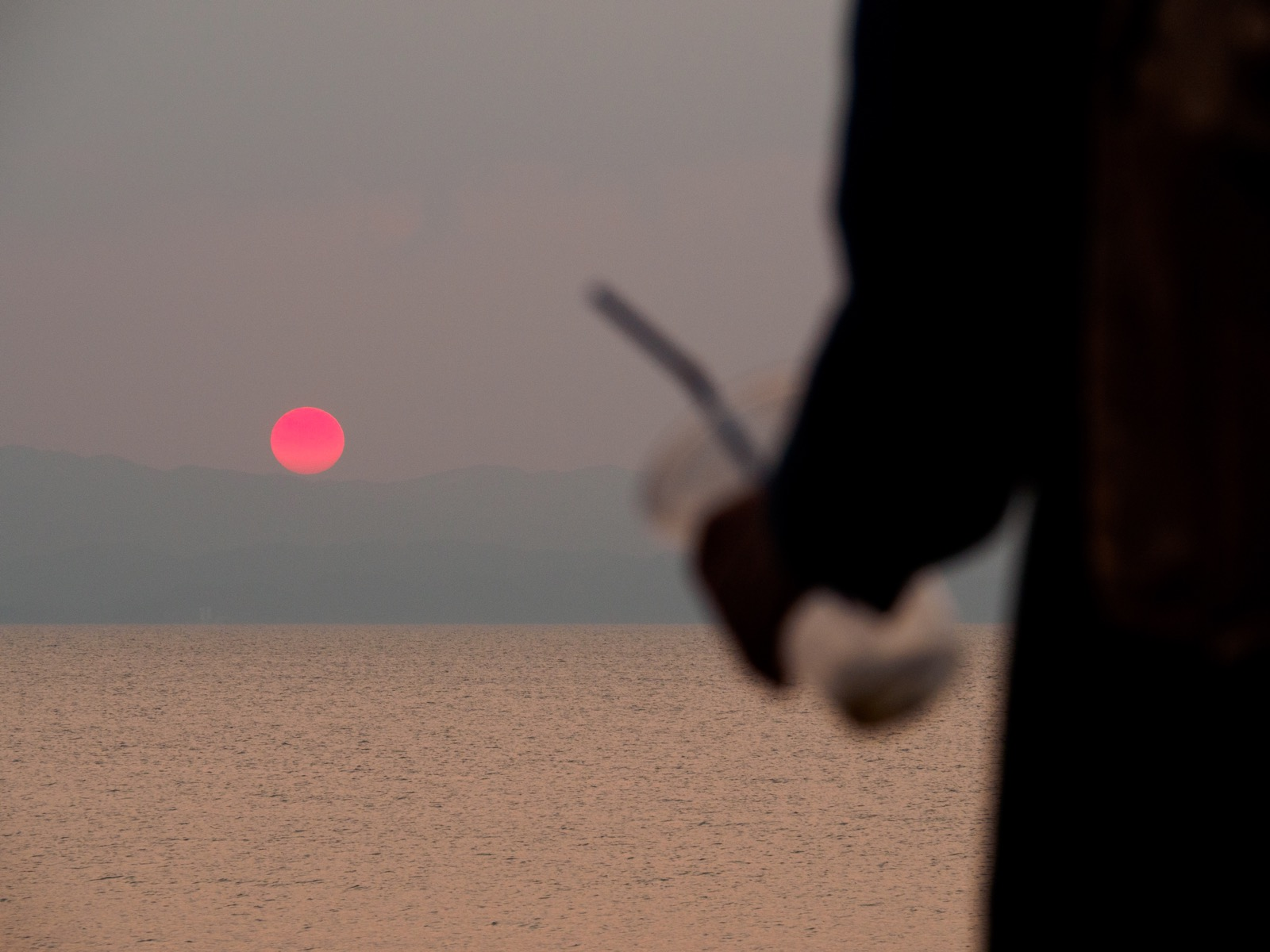 千綿駅から見る夕日