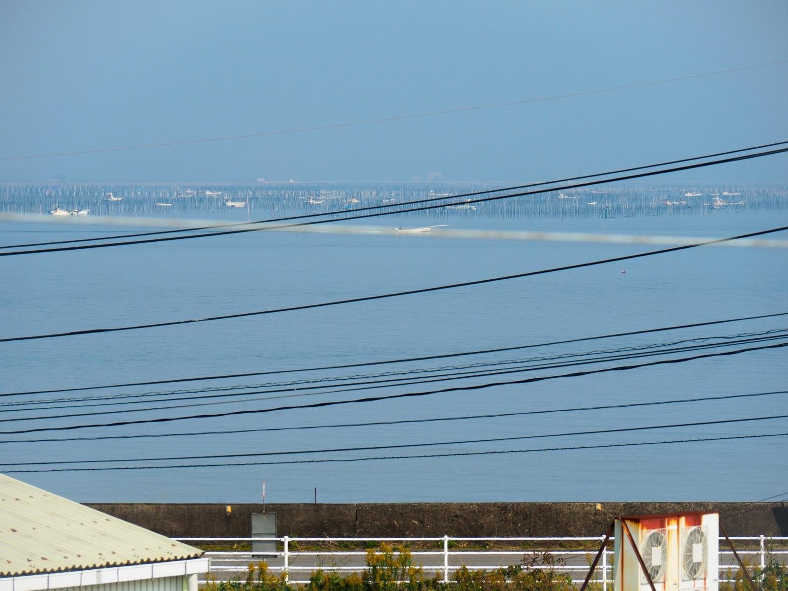 肥前七浦駅から見た有明海