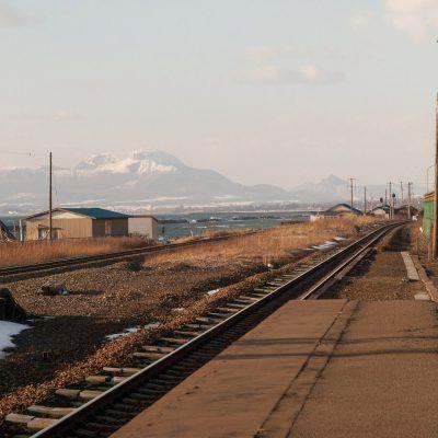 北を向けば有珠山と昭和新山。迫力があります。