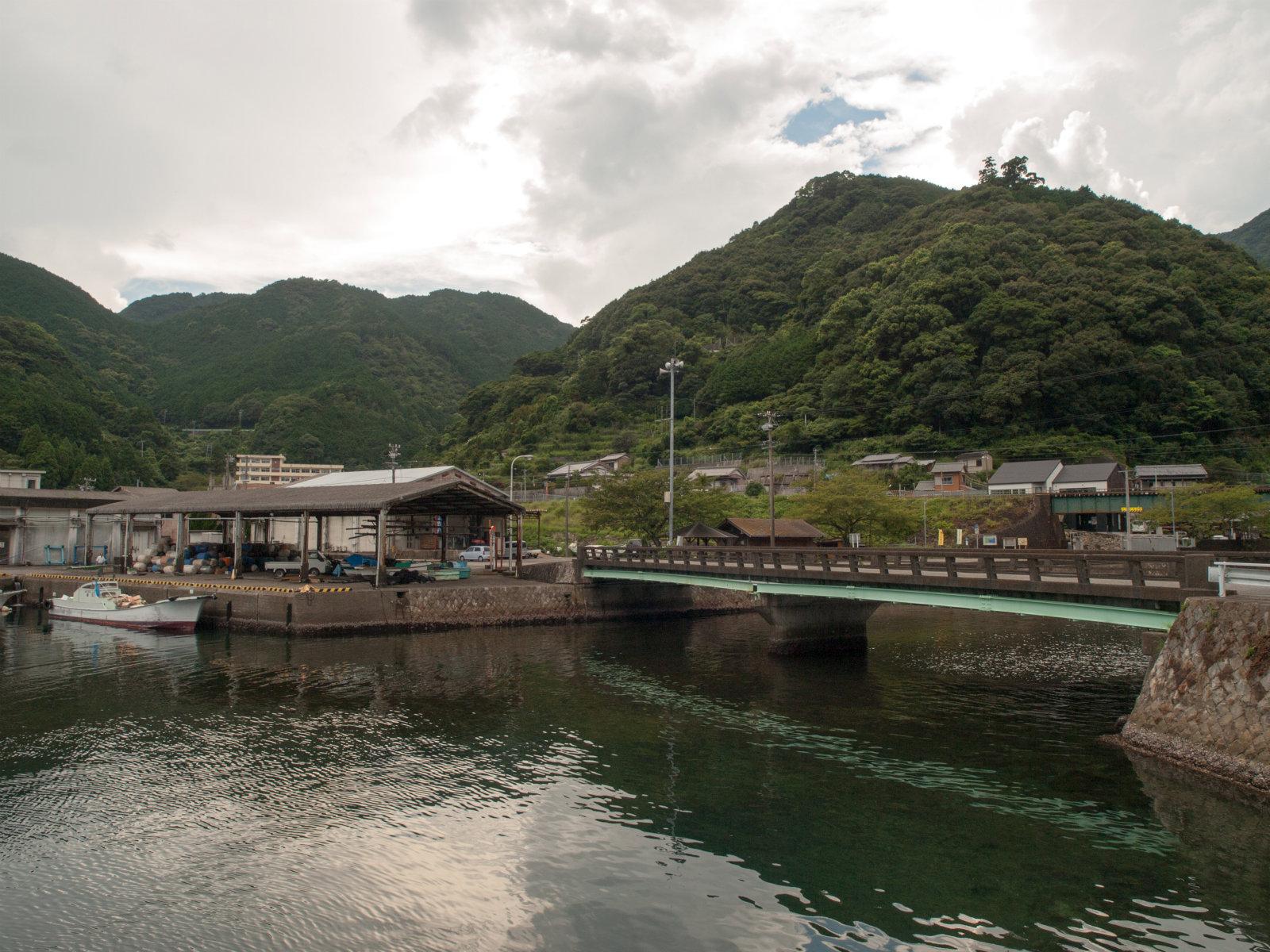 二木島駅周辺