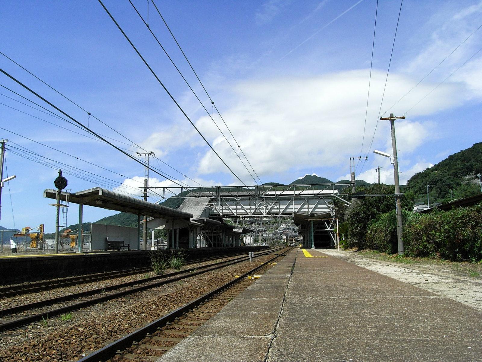 大畠駅のホーム