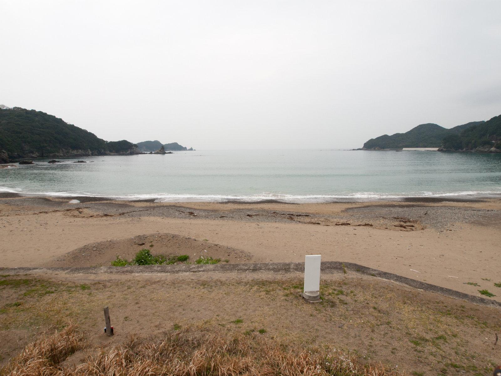 田井ノ浜駅前
