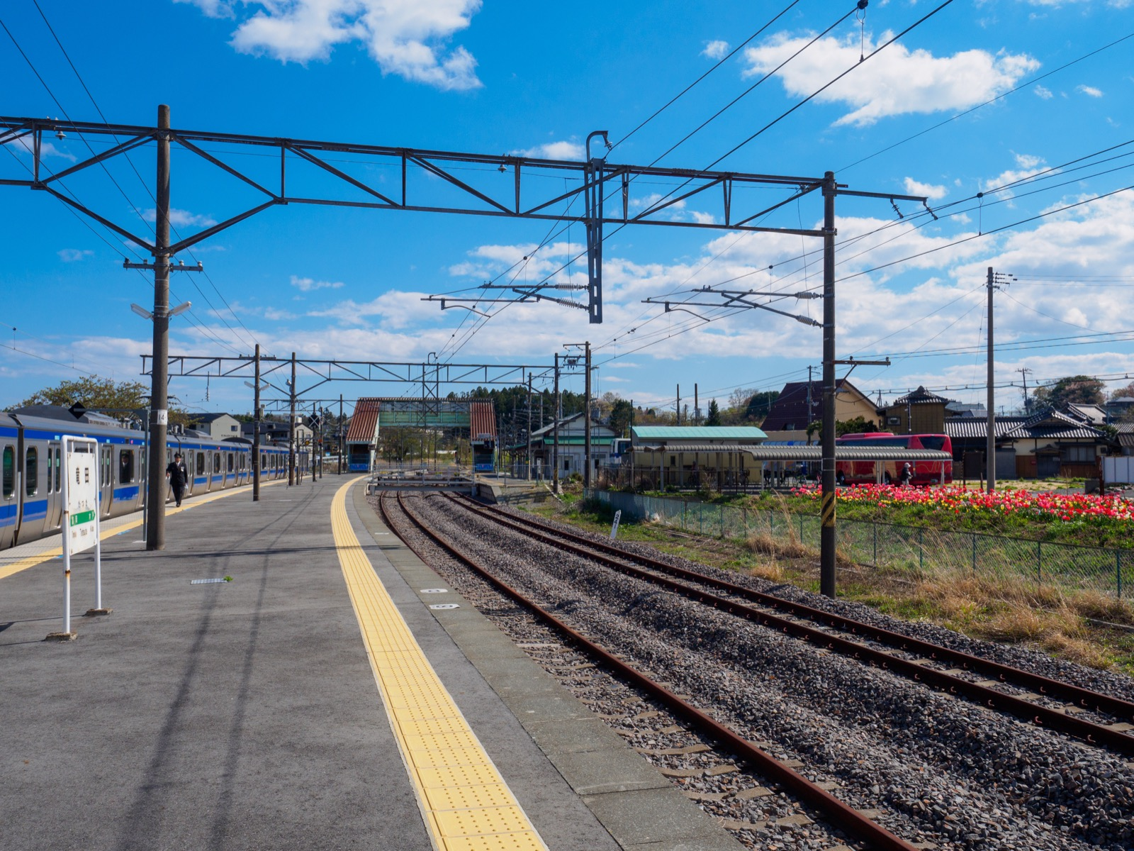竜田駅のホーム(2017年4月)