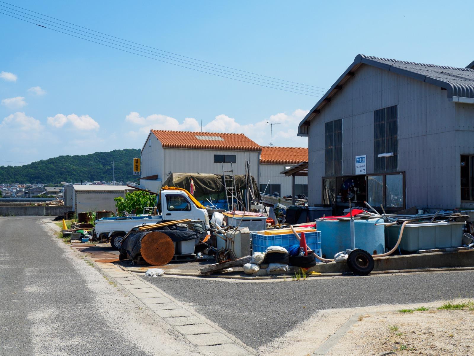 房前駅のそばにある牡蠣小屋