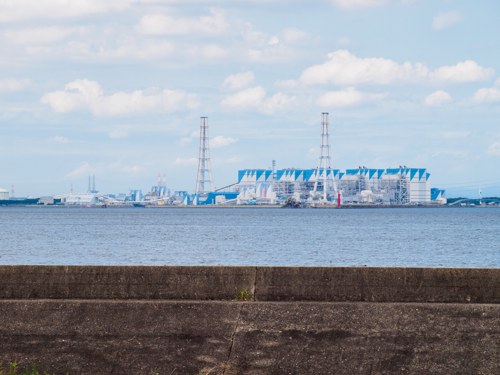 河和口駅から見たJERA碧南火力発電所