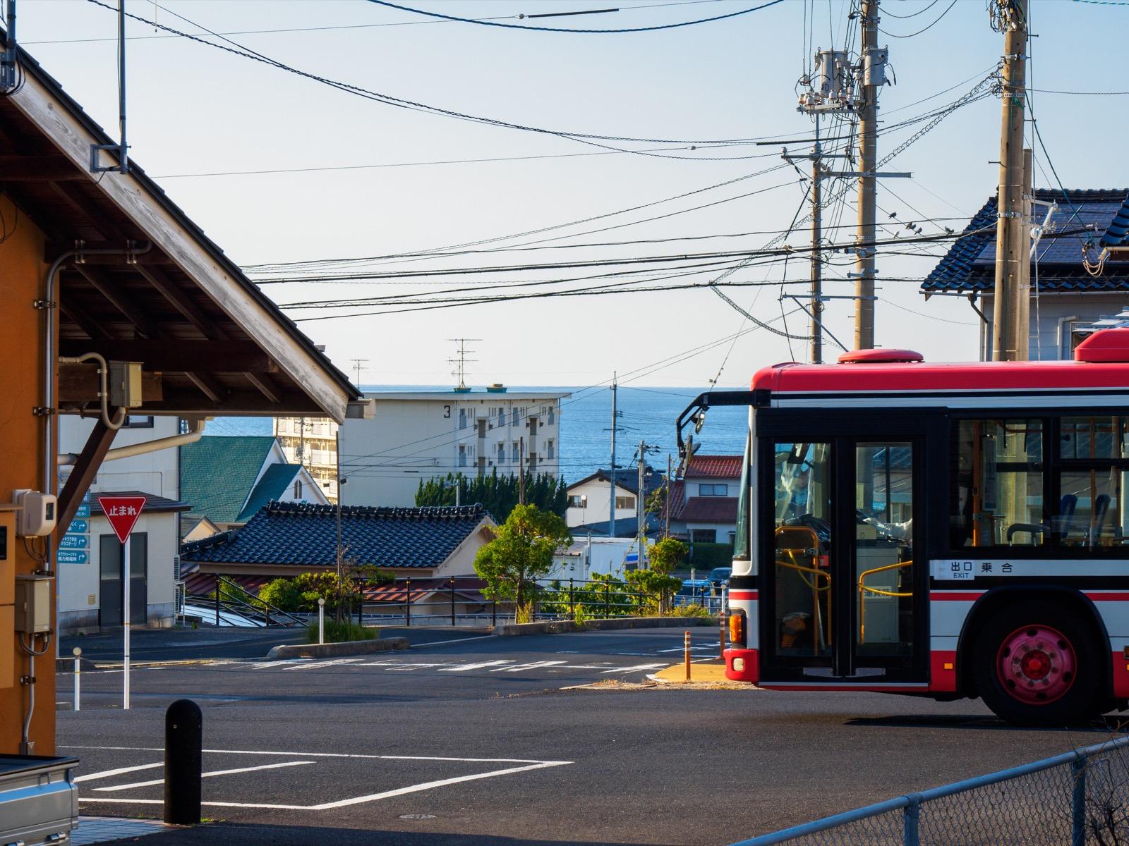 小田駅から出雲市駅方面に向かう一畑バス