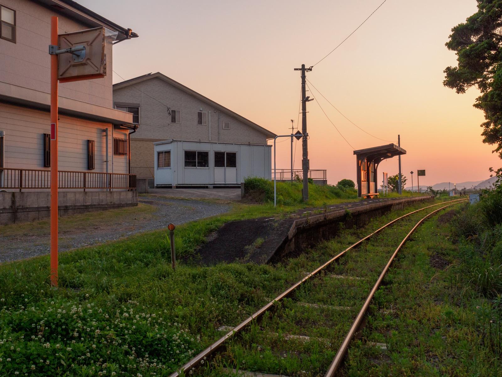 白沢駅の全景