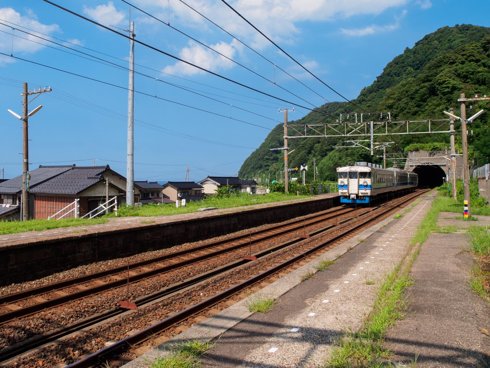 浦本駅のホーム