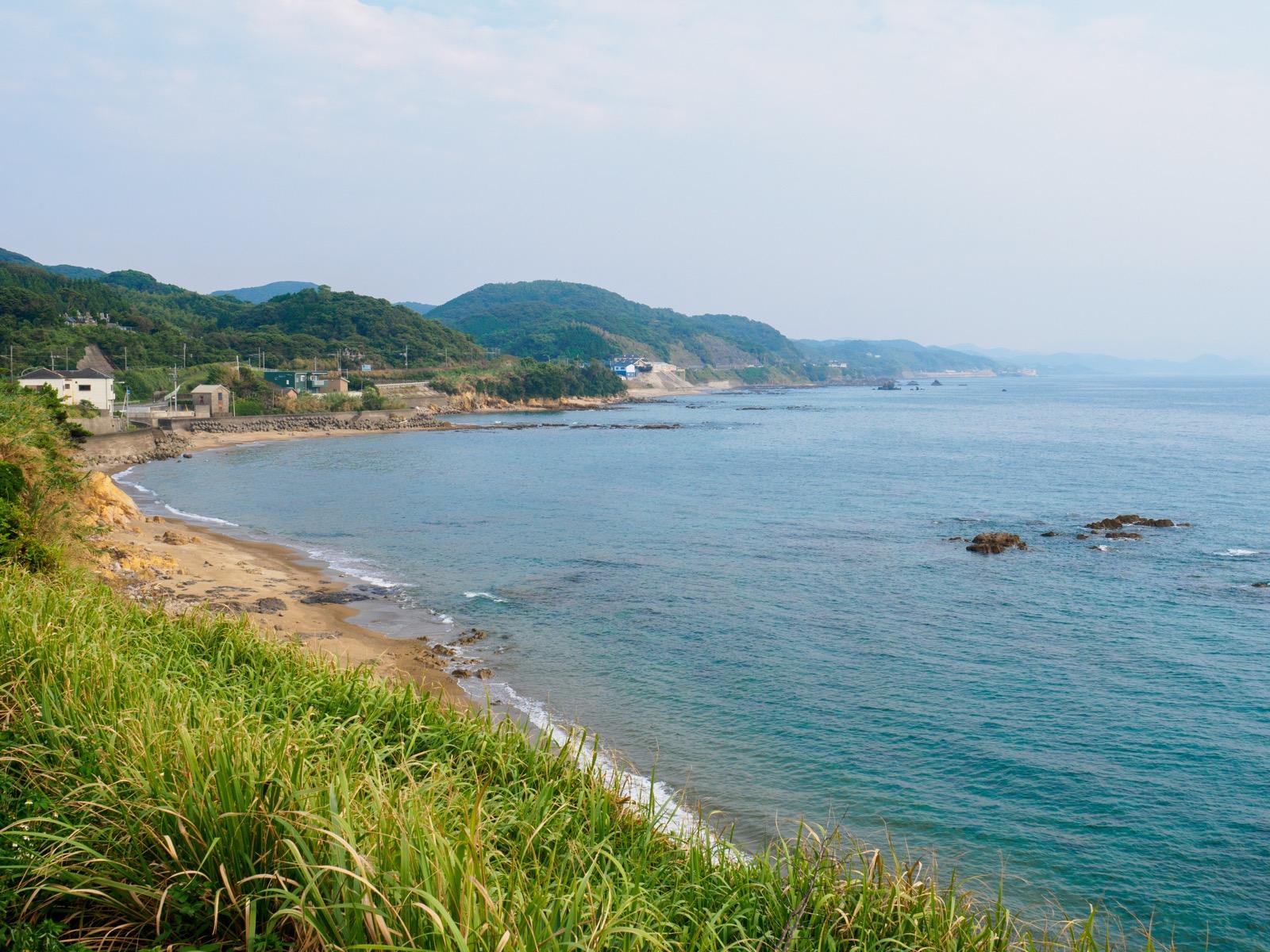 牛ノ浜駅前から見た牛之浜海岸(東シナ海)